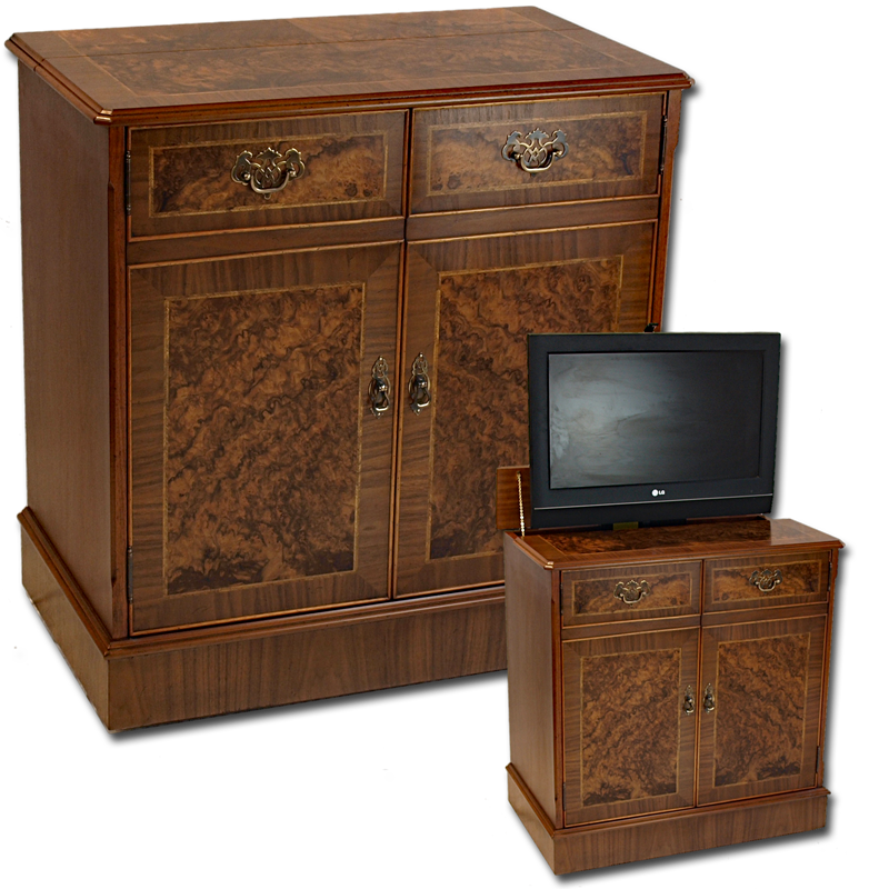 Large Reproduction Regency TV Stand In YewMahogany Burr