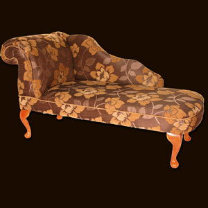 Reproduction and classic upholstered furniture for the bedroom for Chaise longue classic design italia