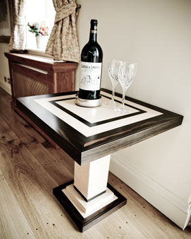 Marshbeck deco lamp wine table - Deco table campagne ...