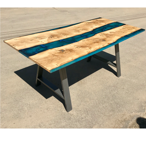 Pippy Oak & Blue Resin River Dining Table